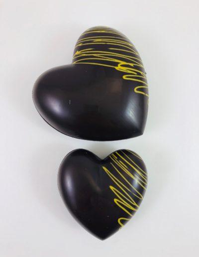 Coeurs noir-jaune